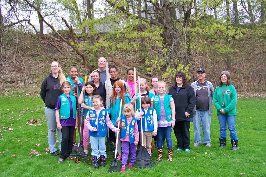 Sparkle-a-Park cleanups Girl Scouts